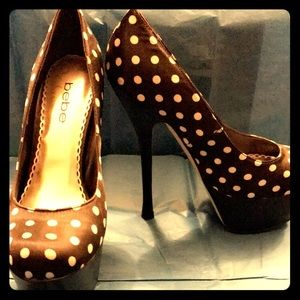 Black polka dot bebe high heels size 6